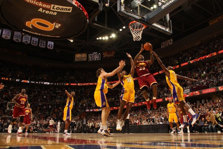 LeBron's 37 helped Cleveland secure a season-sweep over the Lakers last night.